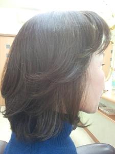 1段カール 美容室オオタニのヘアスタイル