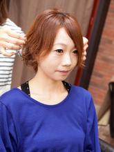 エアリーでキュートなウェーブで軽やかなラフスタイル|hair Seeleのヘアスタイル