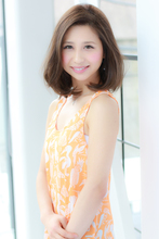 可愛さを抜群に引き出すヘアスタイルと外人風の3Dカラー|Hair Resort LIFEのヘアスタイル