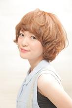 大人かわいいフェミニンショートボブ|AXE PUREのヘアスタイル