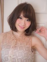 大人可愛い小顔ひし形ウェービーワンカール|Acmi 三浦 和也のヘアスタイル