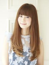 イイ女風ロングストレート Acmi 内藤 春紀のヘアスタイル