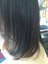 ミディアムスタイル|カットスタジオ SQUALLのヘアスタイル