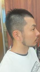 夏ボウズ 素敵なおひげバージョン|Grand × AtlierDonguriのメンズヘアスタイル