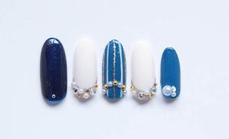 ネイビー&ブルーの華やかデザイン|N-DOUBLE by norikonailのネイル