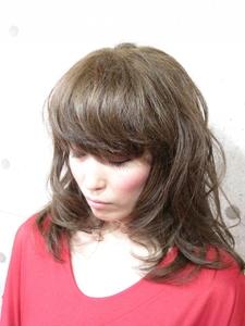ゆるセミディー|Sonadorのヘアスタイル