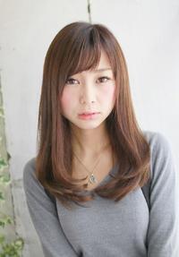 ストレートヘアーのナチュラルスタイル☆