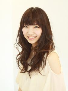 愛されフェミニンロング|ZU-LU 稲田堤店のヘアスタイル
