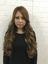 ミルクティーグレージュ☆|GROSS 心斎橋 山上 絋司のヘアスタイル
