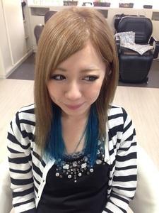 巻いても可愛い☆ブルーインナーカラー|GROSS 心斎橋のヘアスタイル