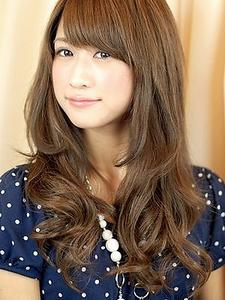 顔周りレイヤーロング|DADA Hair Salonのヘアスタイル