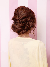 三つ編みアレンジ|hair salon JOJOのヘアスタイル