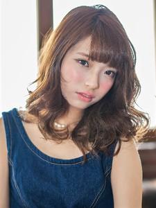 やわらかコケティッシュセミディ hair salon JOJOのヘアスタイル