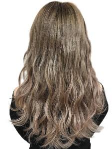 センターパートボルドーフェザーロング|hair salon JOJOのヘアスタイル
