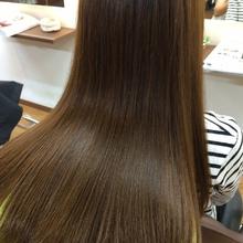 ツヤ髪ロング|poche のヘアスタイル