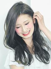 透明感ありの暗髪|felicita 北堀江のヘアスタイル