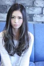☆外国人風暗髪ハイライトロング☆|LAVIERE by R-EVOLUT 満岡 寛史のヘアスタイル