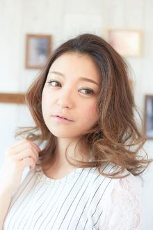 ☆大人可愛いアンニュイロブ☆|LAVIERE by R-EVOLUTのヘアスタイル
