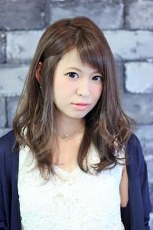 ☆暗髪カジュアルゆるふわセミロング☆|LAVIERE by R-EVOLUTのヘアスタイル
