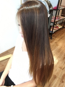 サラつやグラデーション hair spa kalamaのヘアスタイル