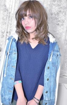 ウルフロブ|Decollageのヘアスタイル