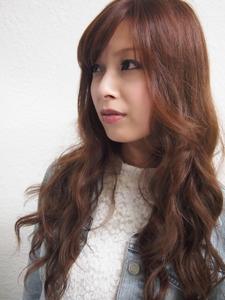 きれいめウェーブ巻き|BAKARA HAIR 北花田のヘアスタイル