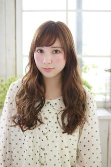 絶妙ウェーブ・スタイル♪|Lauburu 渋谷 bat hairのヘアスタイル