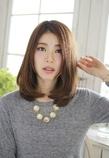 重ためナチュラルセミロング|Lauburu 渋谷 bat hairのヘアスタイル