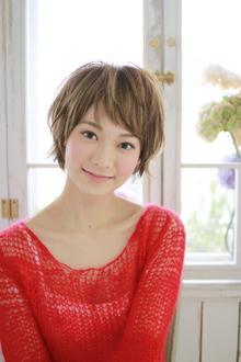 ハイライトで爽やかショート♪|Lauburu 渋谷 bat hairのヘアスタイル