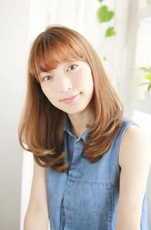 ナチュラルミディー簡単スタイリング|Lauburu 渋谷 bat hairのヘアスタイル