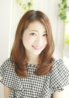 トップは抑え、毛先はナチュカール☆|Lauburu 渋谷 bat hairのヘアスタイル