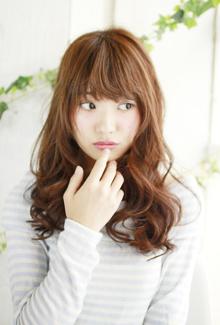 可愛い所を強調させるパーマ☆|Lauburu 渋谷 bat hairのヘアスタイル