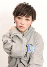 エアリーマッシュショート|CiNEMA daikanyamaのヘアスタイル