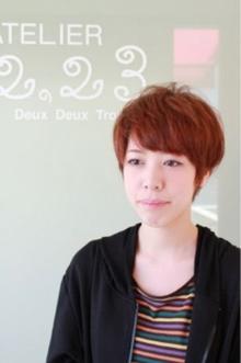 ふんわりマニッシュなショートヘア|ATELIER 2.23 santeのヘアスタイル