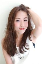 大人ロング×センターパーツ|mateca hairのヘアスタイル