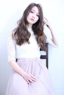 オトナ可愛いロングウェーブ|florun.のヘアスタイル