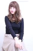 ルーズな揺れ髪で外国人風ルーズカール