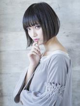 小顔カットが得意なスタイリスト|THOiRY 栄 坂元 秀人のヘアスタイル