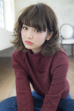 フェザーボブ|THOiRY 栄 古山 瞳のヘアスタイル