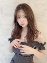 エアリー無造作カールロング|THOiRY 栄 坂元 秀人のヘアスタイル