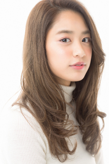 ナチュラルセミロング|HanaWa ebisu tokyo hair salonのヘアスタイル