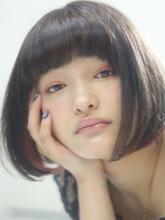 インナーカラー×小顔ボブで目ヂカラもUP|Kith.hair&makeのヘアスタイル