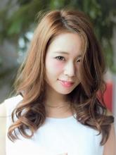クールで可愛いセミディ|Calm Hair 阪急淡路店のヘアスタイル