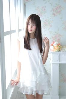 小顔ストレートヘアー|Calm Hair 阪急淡路店のヘアスタイル