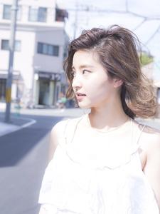 ゆる巻きボブ|Calm Hair 阪急淡路店のヘアスタイル
