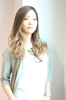 ナチュラルグラデーション|Calm Hair 阪急淡路店のヘアスタイル