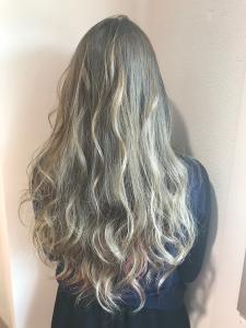 light gray×milky pink|Chlori 淡路店のヘアスタイル