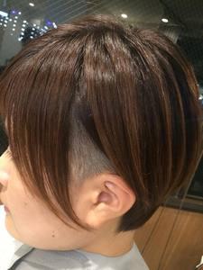ショートヘア|dressing room AVYのヘアスタイル