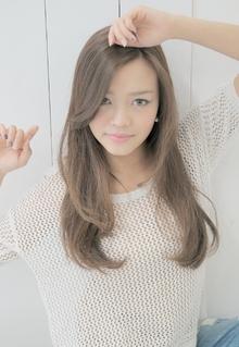 やわらかロング|AUTRE by FUGA hair 綱島店のヘアスタイル