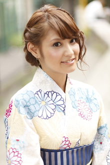 【浴衣ヘアアレンジ】花火大会にぴったり♪|AUTRE by FUGA hair 綱島店のヘアスタイル